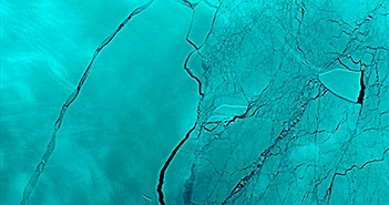 Vết nứt mới ngay chỗ tảng băng 1.000 tỷ tấn tách khỏi Nam Cực