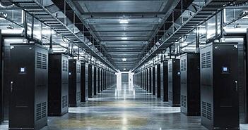"""Hình ảnh bên trong Trung tâm dữ liệu """"lạnh lẽo"""" của Facebook"""