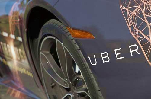 """Uber """"tăng giá"""", tài xế vẫn """"không thấy đâu""""?"""
