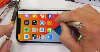 """Kính Ceramic Shield trên iPhone 12 Pro xuất sắc vượt qua màn """"tra tấn"""" bằng dao"""
