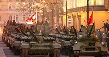 Bí ẩn dàn xe tăng Nga che mắt tên lửa Mỹ