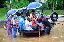Viettel hỗ trợ khách hàng tại Quảng Ninh bị ảnh hưởng mưa lũ