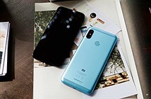 Xiaomi Mi A2 Lite bất ngờ giảm 300.000 đồng tại FPT Shop