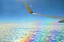 Hình ảnh tuyệt đẹp khi máy bay bay phía trên cầu vồng