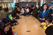 Hành trình iPhone từ nhà máy Trung Quốc toả ra toàn cầu